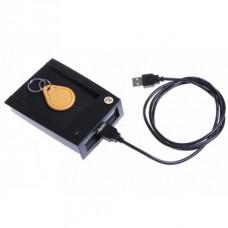 125 kHz ASK (EM) Безконтактен Четец за карти с USB интерфейс CR10E с Изходен формат 10 цифрен номер